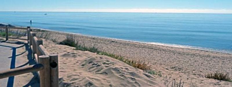 Playa Las Chapas de MArbella - Ilutravel.com