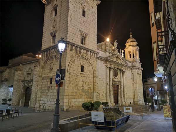 Basilica San Ildefonso de Jaén Lugar que ver precioso en JAén - Ilutravel.com
