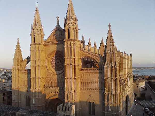Catedral de Jerez de la Frontera - ilutravel.com