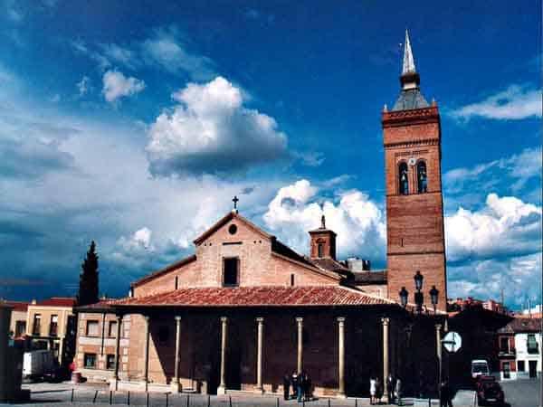 Concatedral de Santa María de Guadalajara - ilutravel.com