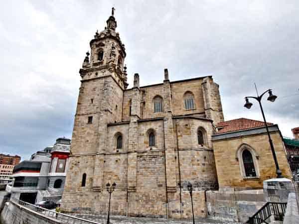 Iglesia de San Antón de Bilbao - ilutravel.com