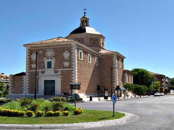 Viaja hasta la Iglesia de la Virgen de las Angustias de Aranjuez – Ilutravel.com -Tu guía de turismo online
