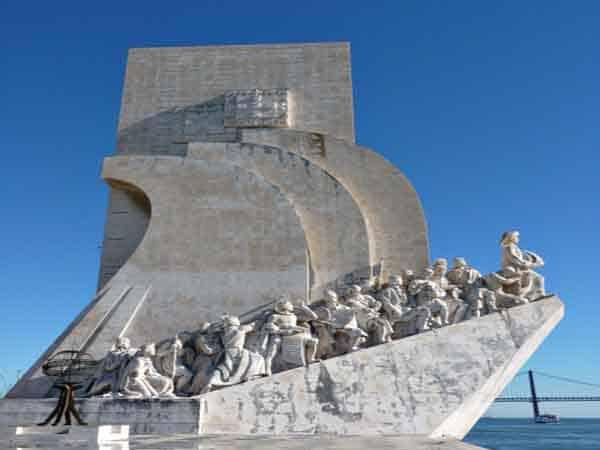 Monumento a los Descubrimientos Lisboa - ilutravel.com
