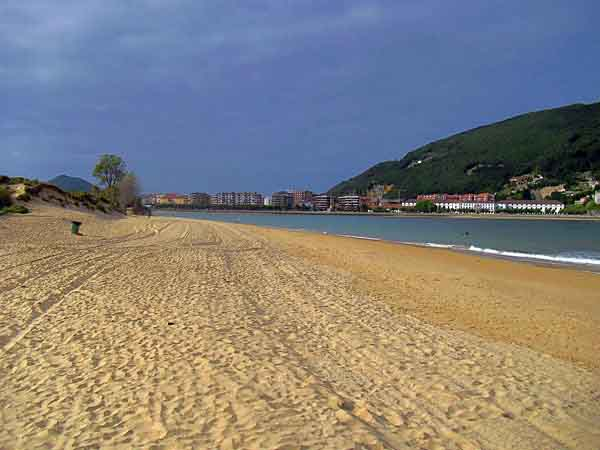 Playa El Puntal Laredo - ilutravel.com