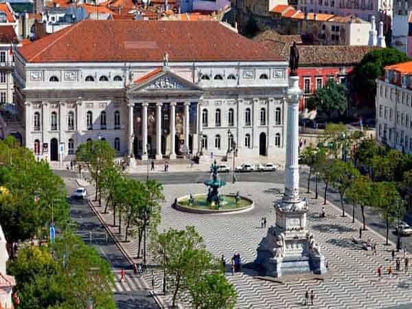 Plaza del Rossio Lisboa - ilutravel.com