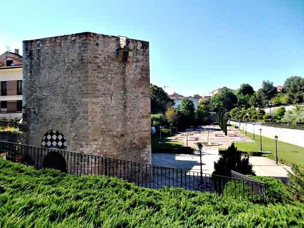 Visitar el Torreón de Alvar Fáñez de Guadalajara – Ilutravel.com -Tu guía de turismo online