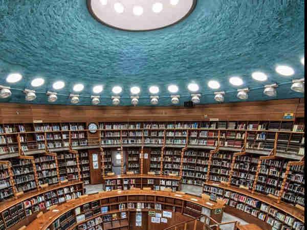 Biblioteca Depósitos del Sol de Albacete - De Turismo en Albacete - Ilutravel.com