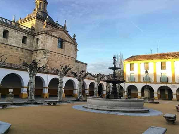 Plaza Buen Alcalde Ciudad Rodrigo - Sitios para visitar en Ciudad Rodrigo - Ilutravel