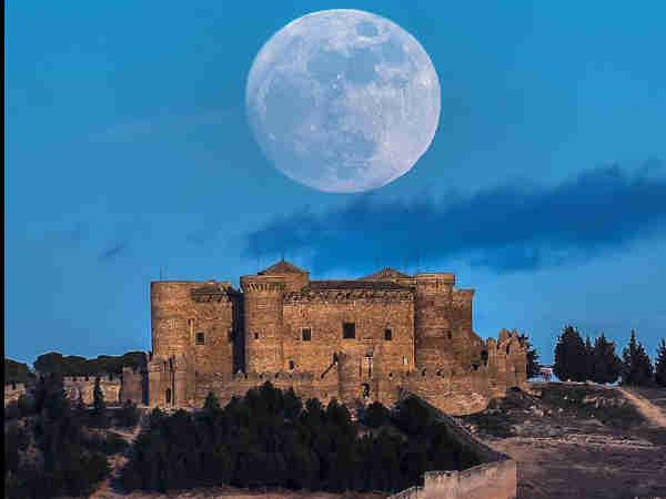 Castillo de Belmonte - Sitios qué ver en Belmonte de turismo - Ilutravel.com