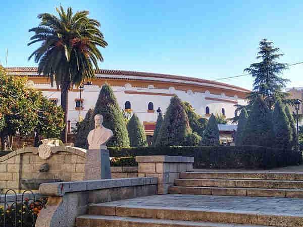 Plaza Toros Linares, sitios qué visitar en linares - Ilutarvel.com