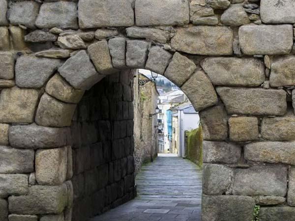 Puerta o Valado de Viveiro, lugar para ver de turismo