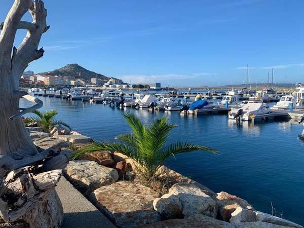 Foto del puerto de Muxia