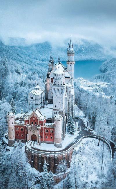 Foto aérea del castillo de Neuschwanstein