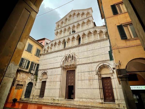 Iglesia de SAn Miguel del Burgo de Pisa