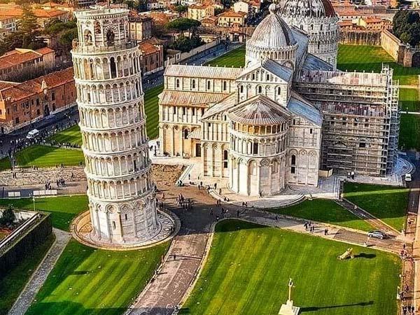 Piazza dei Miracoli de Pisa