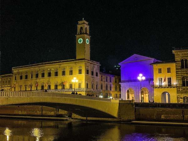 Ponte di MEzzo Pisa