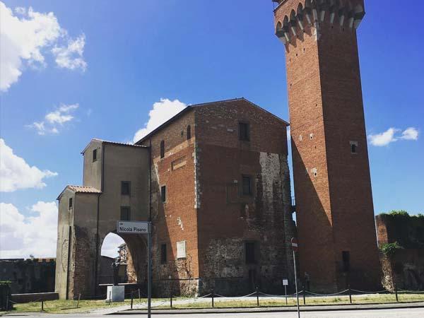 IGlesia de San Nicolas de Pisa