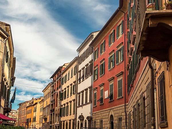 Via Santa María Pisa