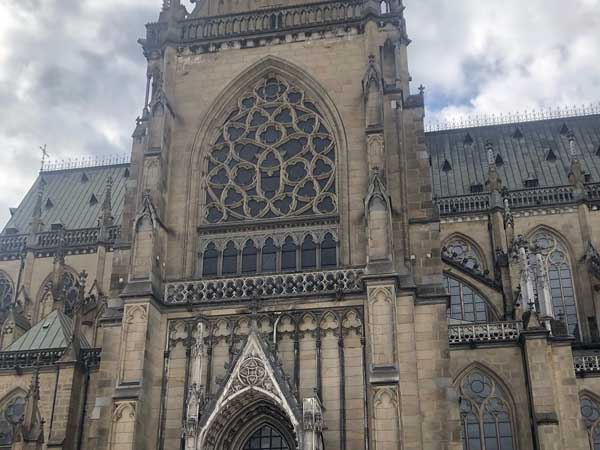Antigua Catedral Linz - Lugares de interés que ver en Linz - Ilutravel.com