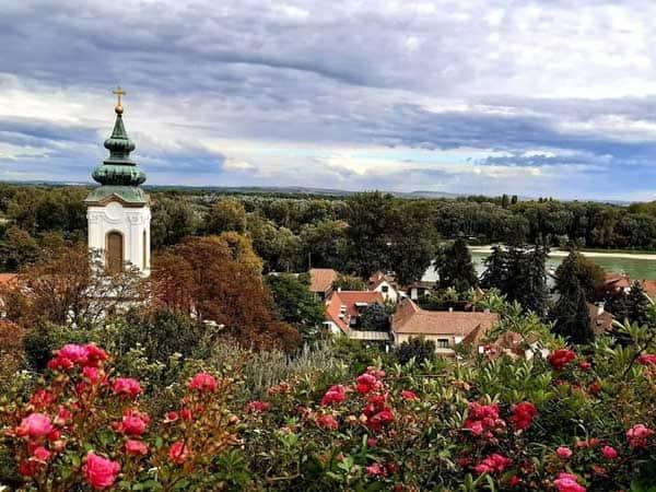 Basilica Belgrado Szentendre - Sitios de interés que ver en Szentendre en un día - Ilutravel.com