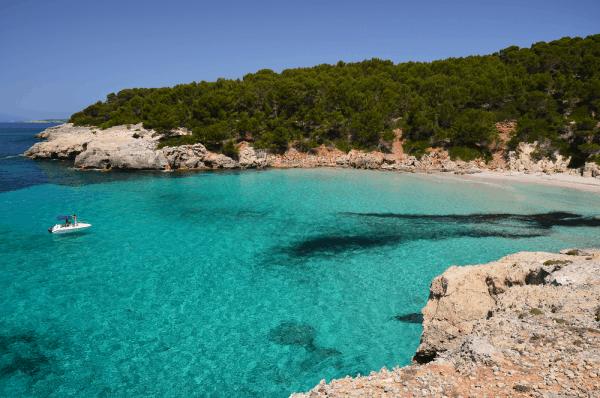Cala Escorxada de Menorca - Menorca 7 días todo lo que visitar - Ilutravel.com