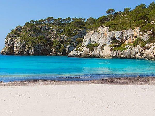 Cala Macarella de Menorca - Menorca 7 días que visitar - Ilutravel.com