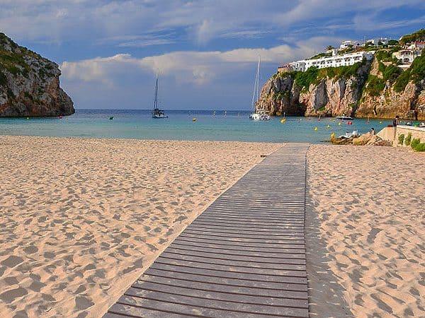Cala Porter de Menorca - Menorca 7 días para visitar la isla - Ilutravel.com