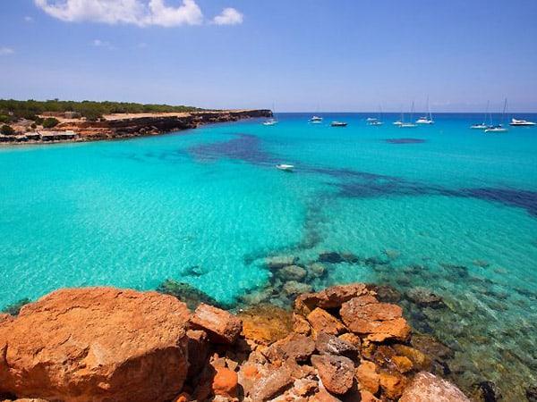 Cala Savina de Formentera - Sitios y lugares que ver en Formentera - Ilutravel.com