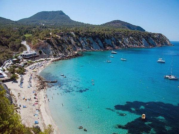 Cala d'Hort de Ibiza - Todo lo que ver y hacer en Ibiza - Ilutravel.com
