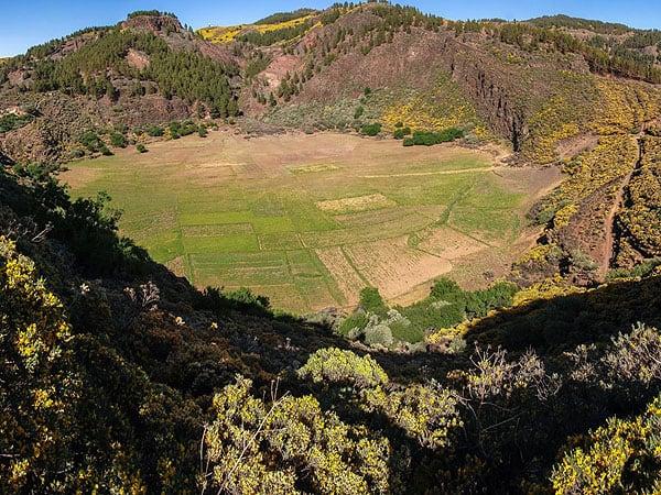 Caldera de los Marteles de Gran CAnaria - Gran Canaria viajar a la isla - Ilutravel.com