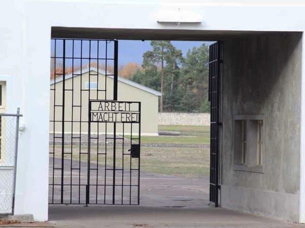 Campo de Concentracion Sachsenhausen de Berlín - Ver Berlín en 4 días - Ilutravel.com