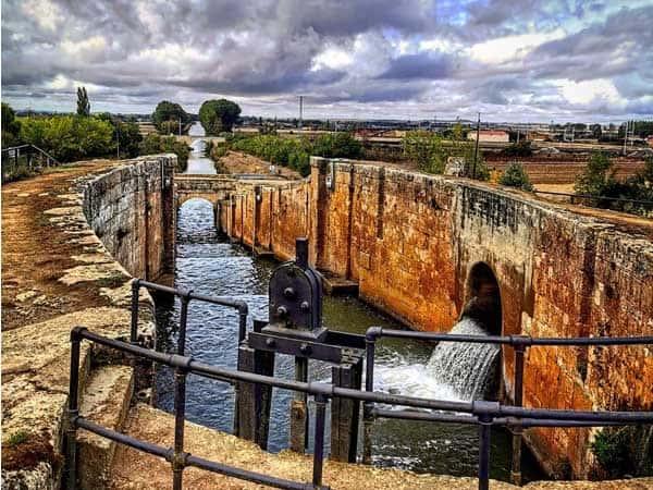 Canal de Castilla Fromista - Lugares de interés que ver en Fromista - Ilutravel.com