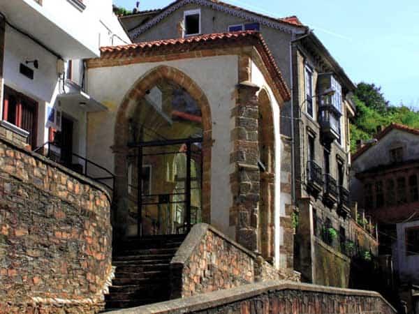 Capilla Humilladero - Visitar Cudillero guía de turismo - Ilutravel.com