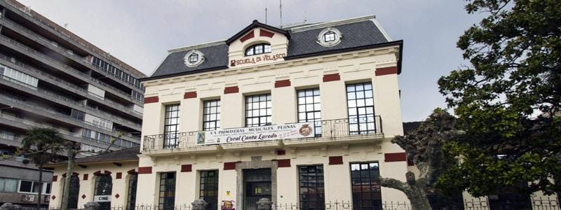 Casa de la Cultura Doctor Velasco De Laredo España - Ilutravel.com