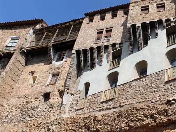 Casas Colgadas de Tarazona - Ver Tarazona de turismo - Ilutravel.com
