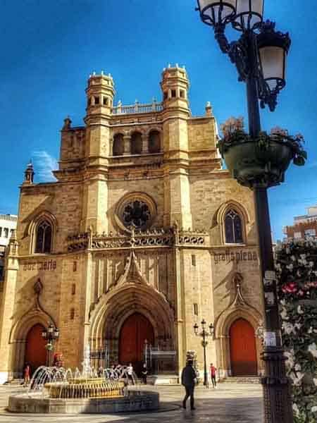 Vista de Castellon lugar que visitar - Ilutravel.com -Tu guía de turismo online