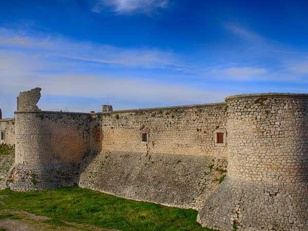 Castillo Condes Chinchón - Ilutravel.com