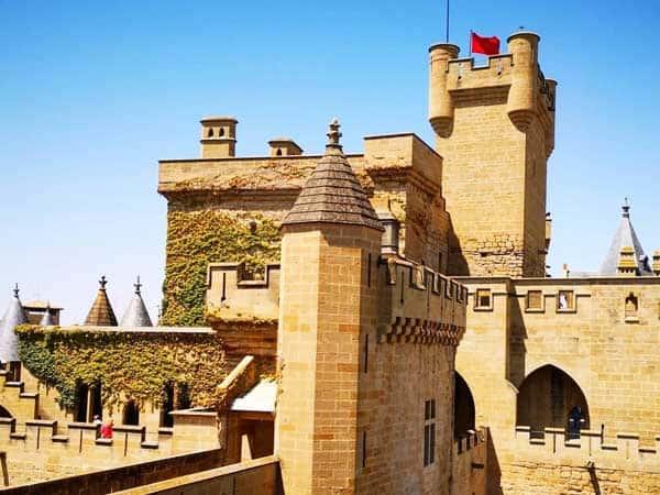 Castillo de Olite - Qué ver en Olite de turismo - Ilutravel.com