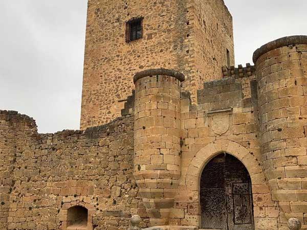 Castillo de Pedraza - Lugares imprescindibles qué ver en PEdraza - Ilutravel.com