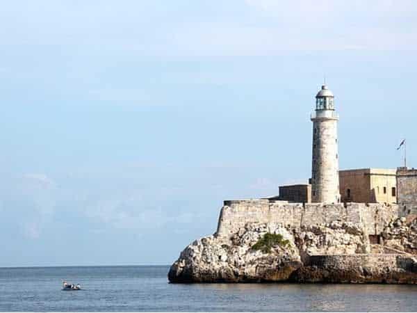 Castillo de los Tres Reyes el Morro La Habana - Turismo en La Habana sitios que ver - Ilutravel.com