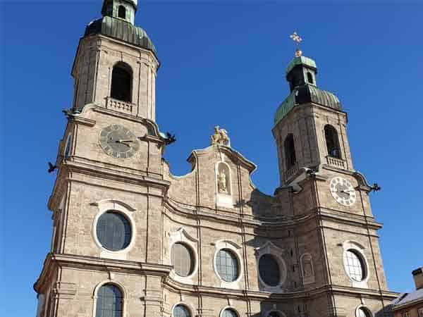 Catedral Innsbruck de Santiago - Qué ver en Innsbruck haciendo turismo - Ilutravel.com