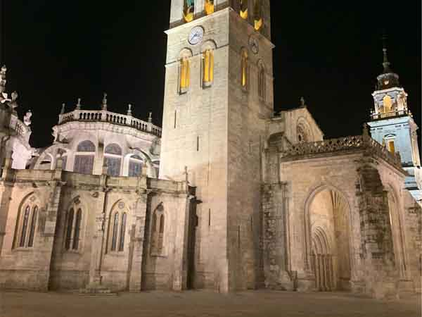 Catedral de Santa María de Lugo - Turismo en Lugo ciudad y provincia - Ilutravel.com