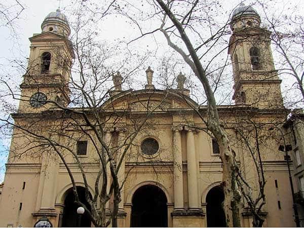 Catedral Montevideo - Ver Montevideo en un día - Ilutravel.com