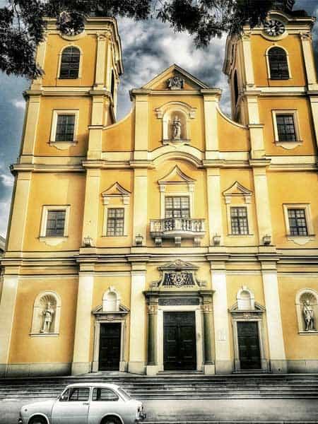 Catedral Santa Ana Debrecen - Visitar Debrecen de turismo - Ilutravel.com