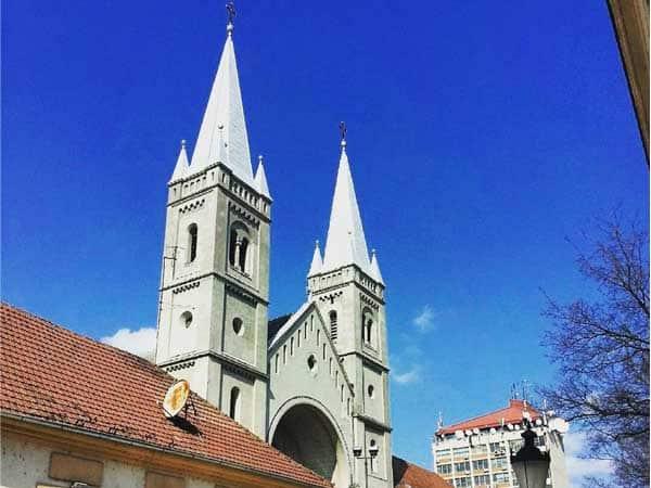 Catedral Santa Teresa Avila Subotica - Sitios de interés que ver en Subotica - Ilutravel.com