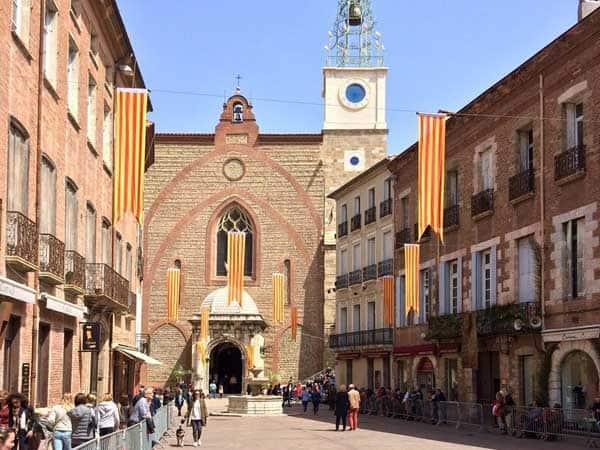 Catedral de Juan Bautista perpignan visitar en un día - Ilutravel.com