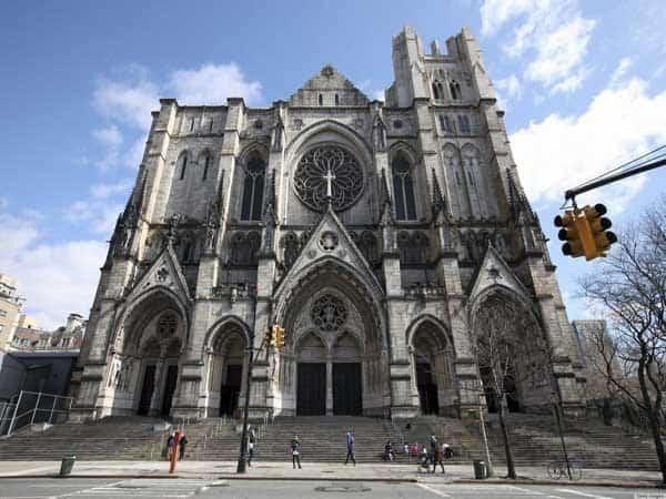 Catedral de San Juan el Divino - Visitar Nueva York en 6 días - Ilutravel.com