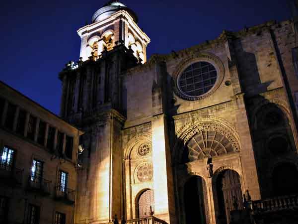 Catedral de San Martiño de Orense lugar para visitar en Ourense - Ilutravel.com