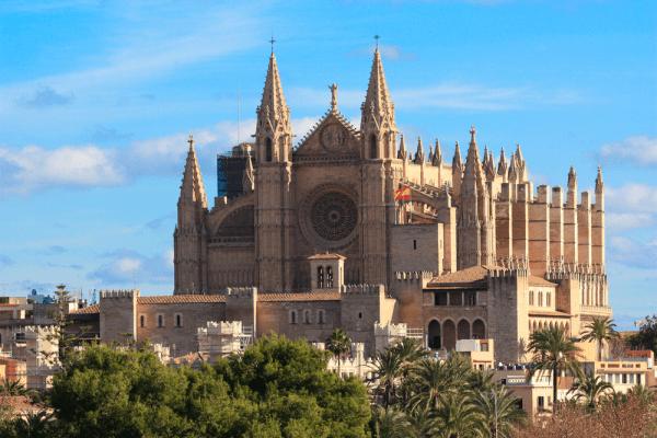 Catedral de Santa Maria de Menorca Isla para visitar - Ilutravel.com