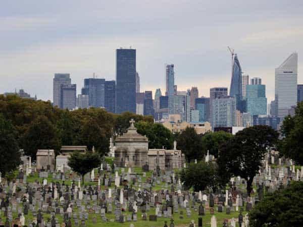 Cemeneterio del Calvario Nueva York - Todo lo que visitar en Nueva York de turismo - Ilutravel.com